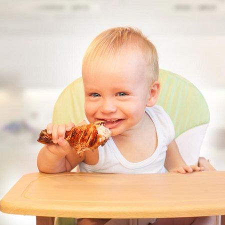 Ngủ mơ thấy ăn thịt gà đánh số gì? Là điềm tốt hay xấu?